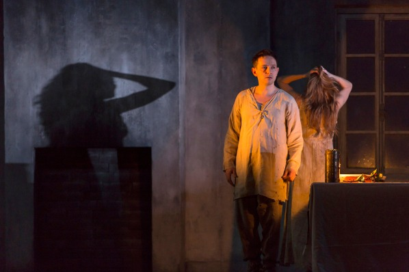 6317 IESTYN DAVIES AS THE BOY, BARBARA HANNIGAN AS AGNES c ROH. PHOTO STEPHEN CUMMISKEY.jpg