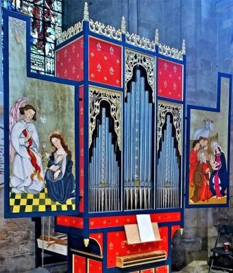 St Teilo organ Romsey.jpg